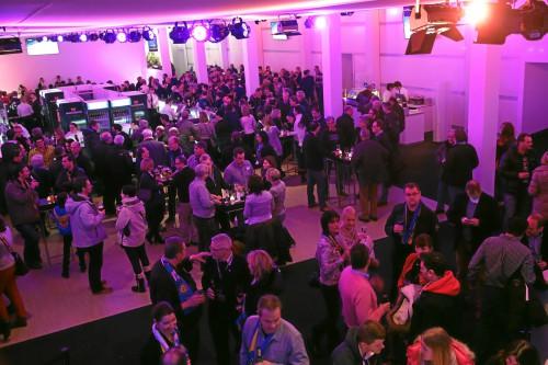DAVOS/SWITZERLAND, 30DEZ12 - Impression vom Abendspiel des 86. Spengler Cup in Davos, 30. Dezember 2012.  Impression of the 86th Spengler Cup tournament in Davos, Switzerland, December30, 2012.  swiss-image.ch/Photo Nadja Simmen